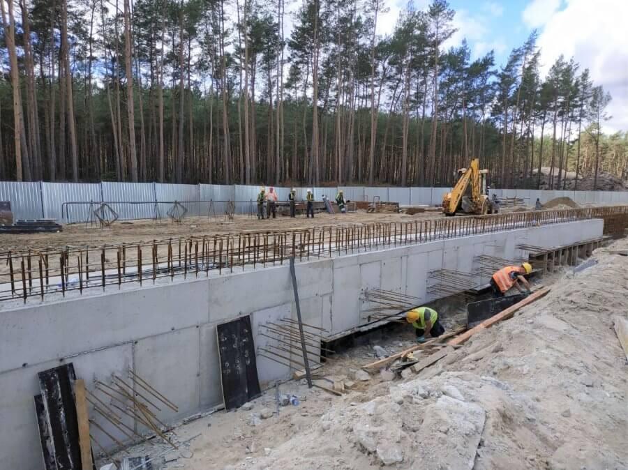 Świnoujście. Już dwa lata, kiedy rozpoczęły się prace przy budowie tunelu.
