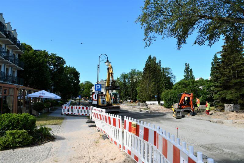 Świnoujście. Trwają prace przy ulicy Trentowskiego.