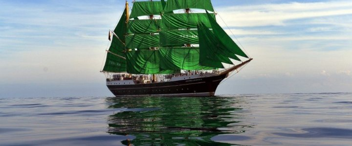Zielony żaglowiec już w Gdyni!