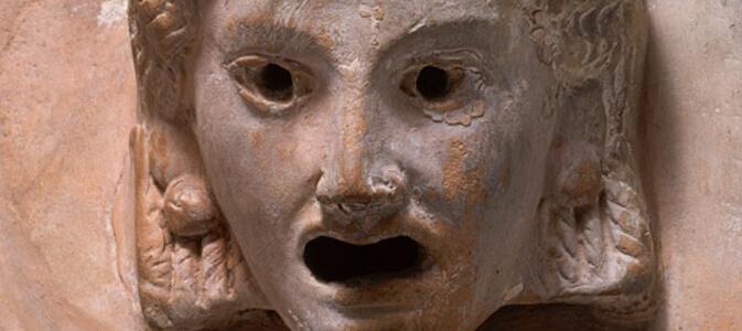 Kiedy narodził się teatr europejski? W antyku czy w średniowieczu?