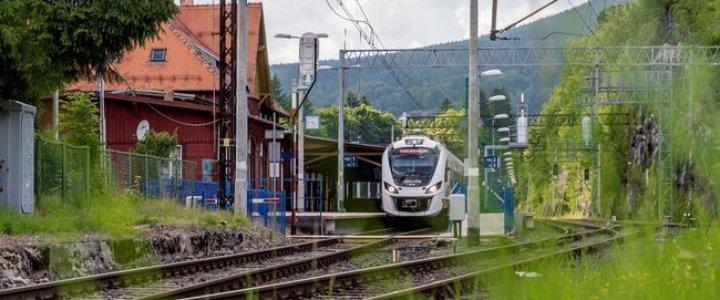 Nowe możliwości podróży i przewozu towarów koleją do Szczecina i Świnoujścia.