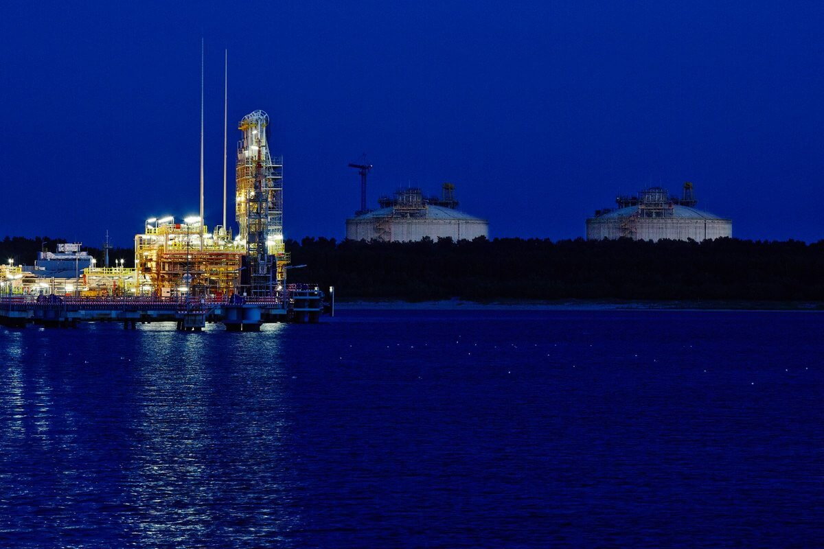 Świnoujście. KE zatwierdziła plan rozbudowy terminalu LNG w Świnoujściu