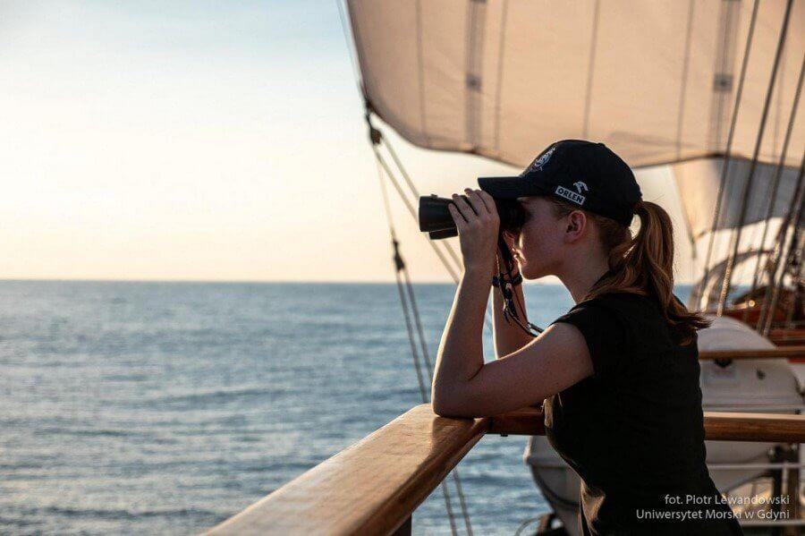 O wachtach i prozie morskiej służby na Darze Młodzieży (foto)