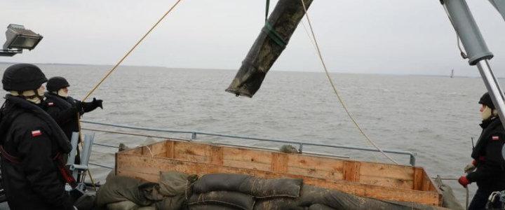 Świnoujście. Marynarze 8.FOW wywieźli dwie bomby. Zobacz zdjęcia.