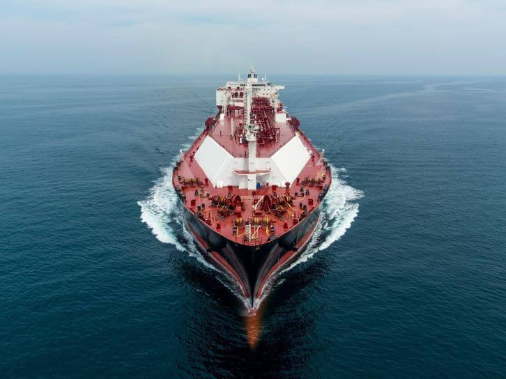 Do Świnoujścia płynie już czwarta w tym roku dostawa LNG typu spot