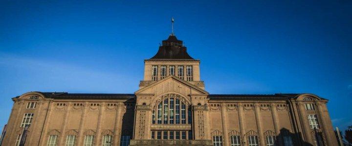 230 schodów do widoków na taras Muzeum Narodowego w Szczecinie