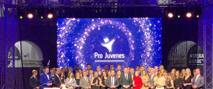 Szczecin. Parlament Samorządu Studentów Zachodniopomorskiego Uniwersytetu Technologicznego zwycięzcą w plebiscycie Pro Juvenes.