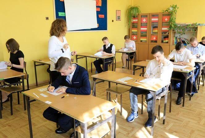 Świnoujście. W poniedziałek ruszają egzaminy ósmoklasistów – wykaz szkół