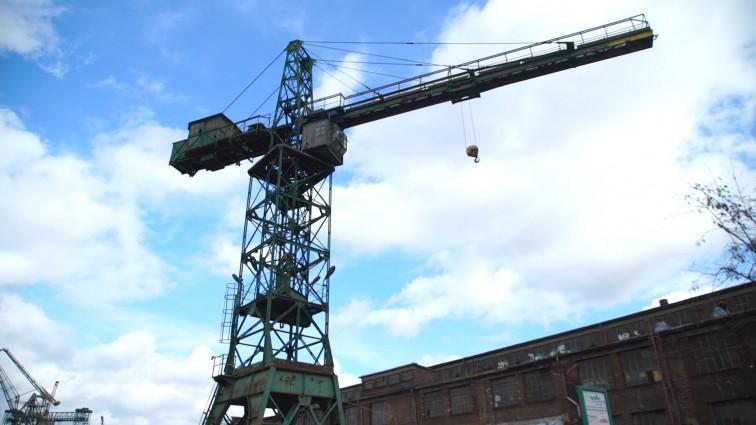 W Gdańsku uratują kolejny stoczniowy dźwig. Będzie jak nowy (foto, wideo)