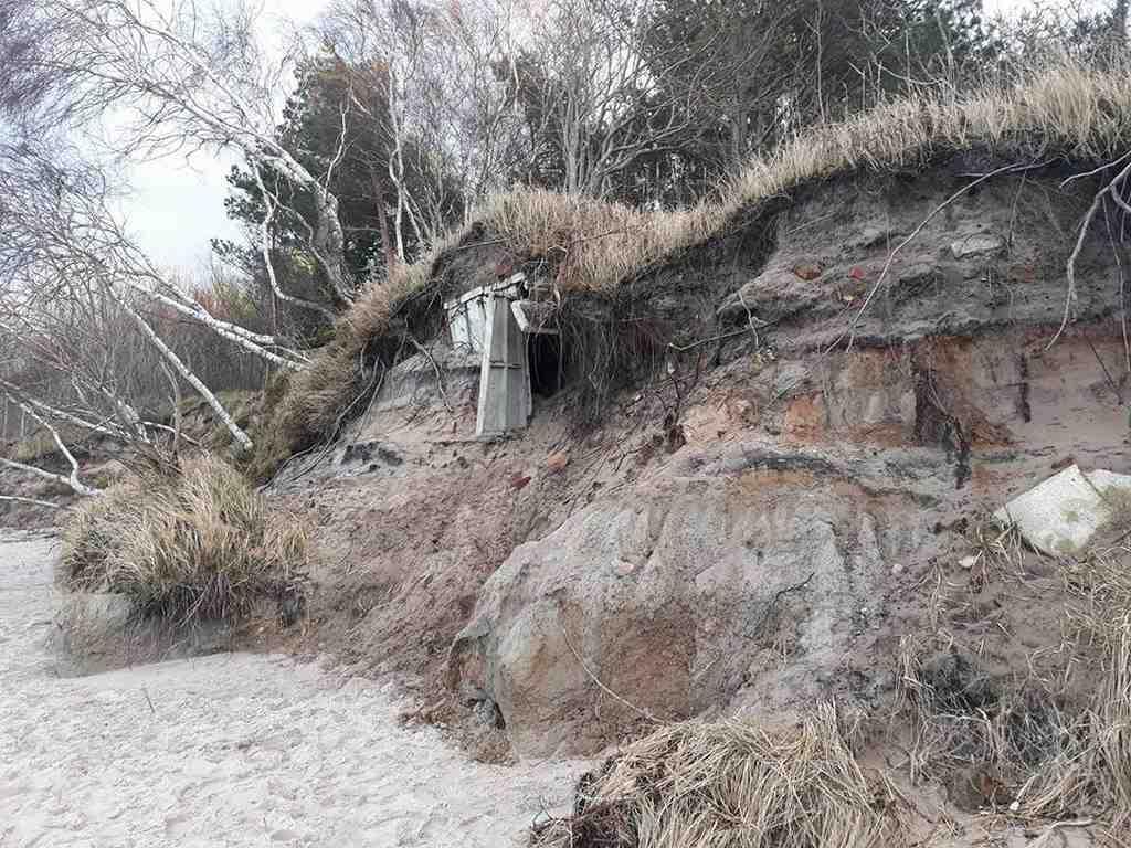 Sztormy odsłoniły zimnowojenne bunkry na bałtyckiej plaży