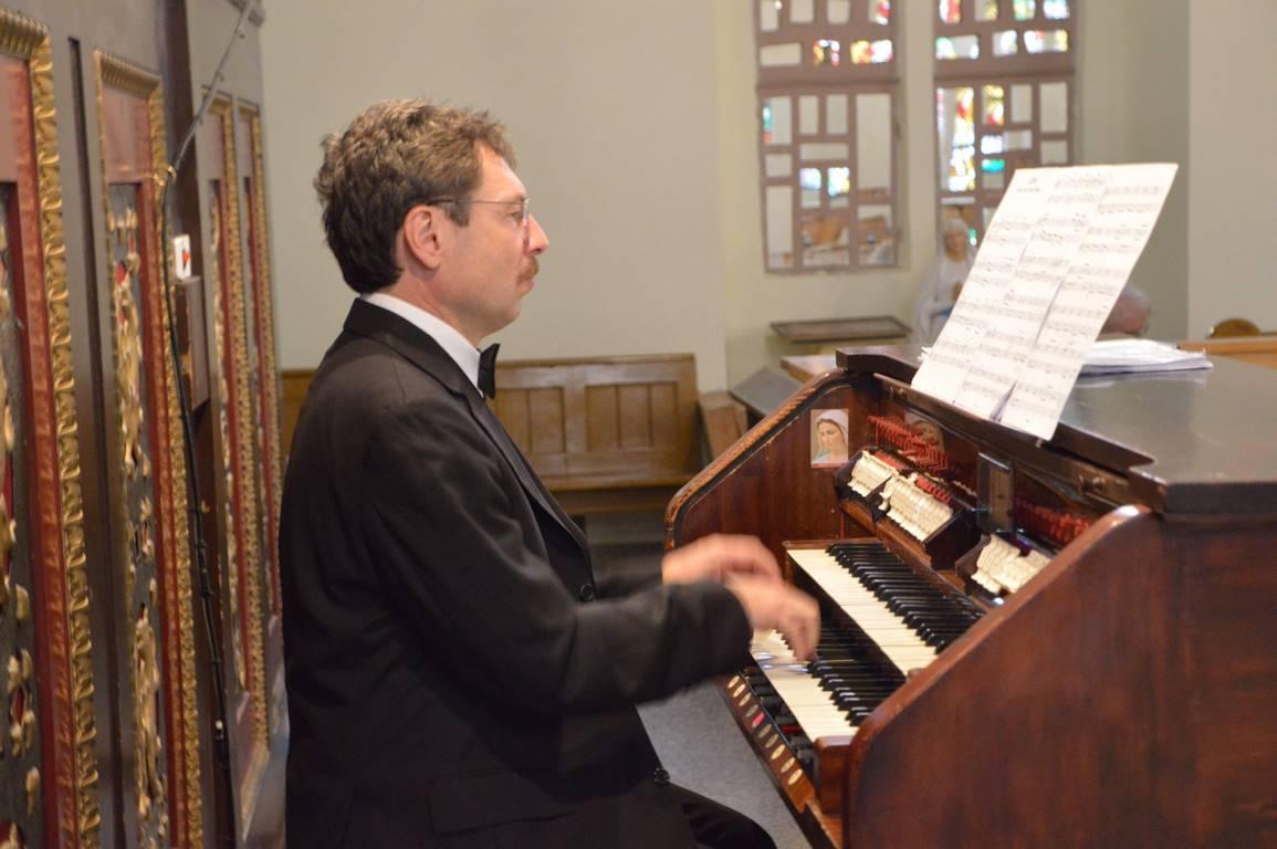 XX    XX Świnoujskie Wieczory Organowe. Barwy muzyki w pięciu wiekach tańców organowych