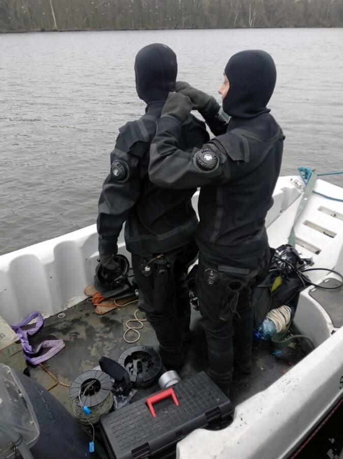 Bomby fosforowe na podejściu do Szczecina zneutralizowane.