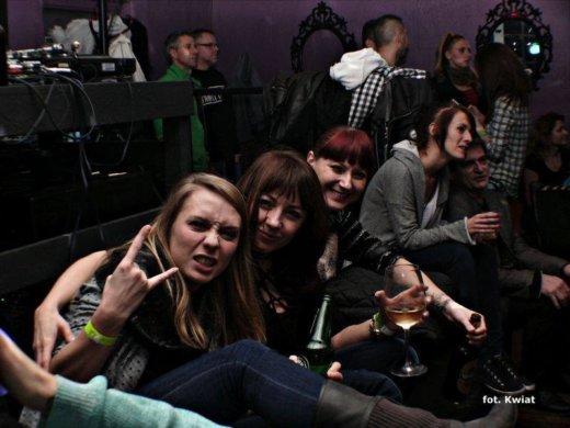 Rzesze głodnych emocji i wrażeń ludzi uczestniczyły w koncertach organizowanych w ramach pożegnalnego wydarzenia w Jazz Clubie SCENA.