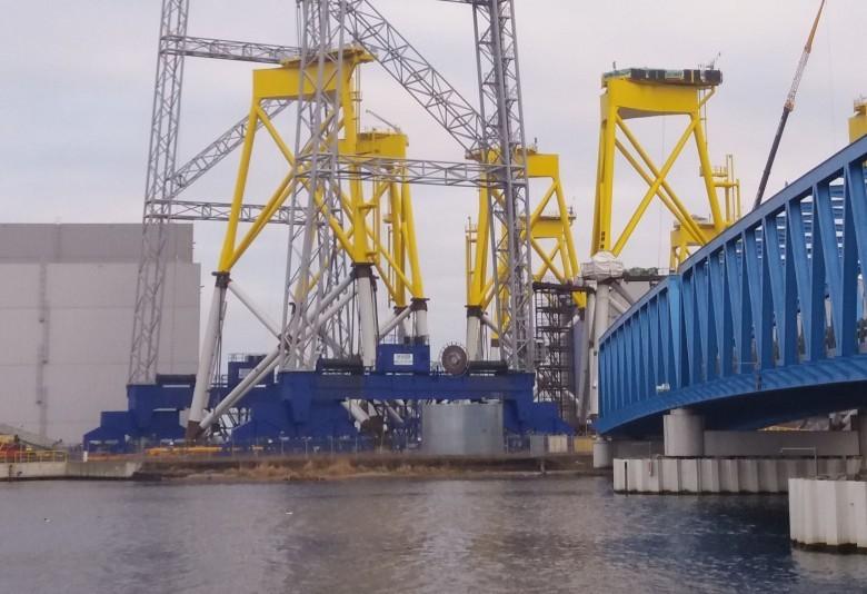 Ostatnie 1400 ton stali wypływa ze Szczecina