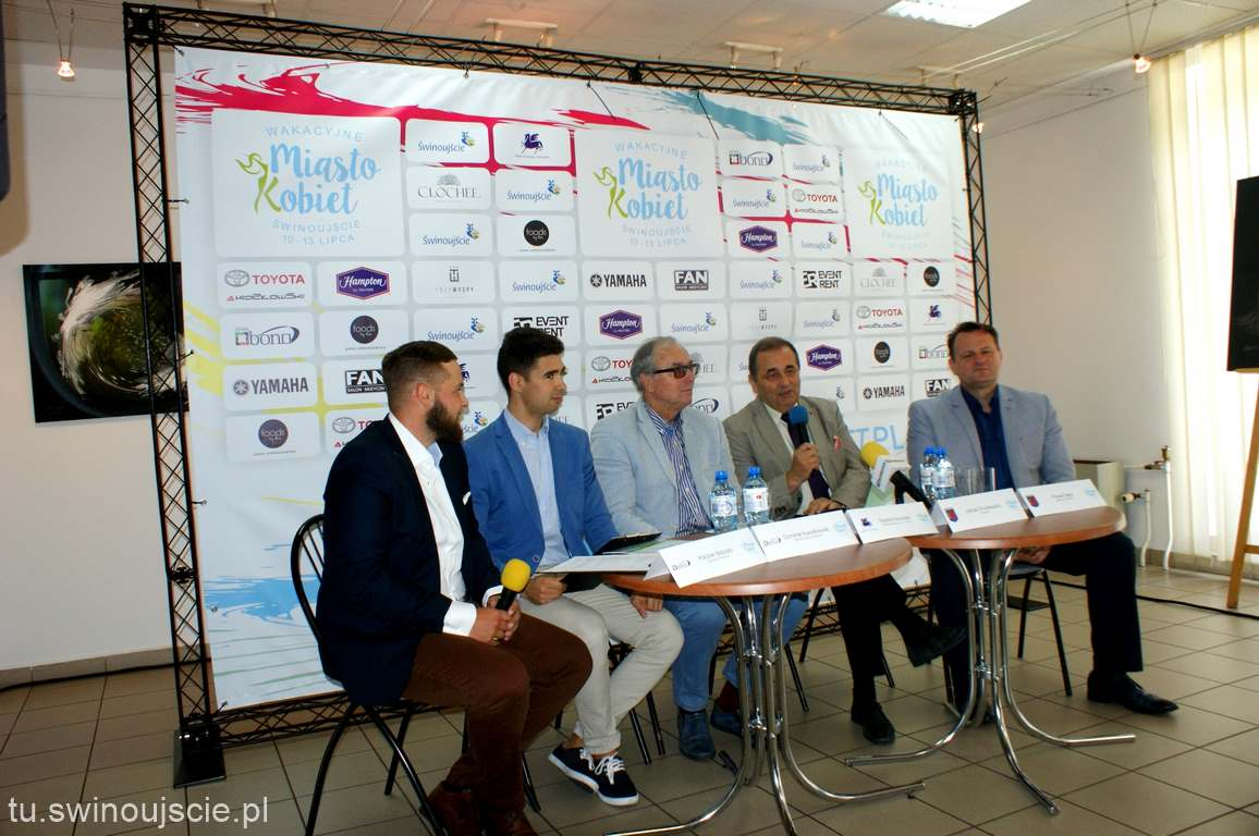 """Konferencja prasowa """"Miasto Kobiet 2017"""" Świnoujście"""