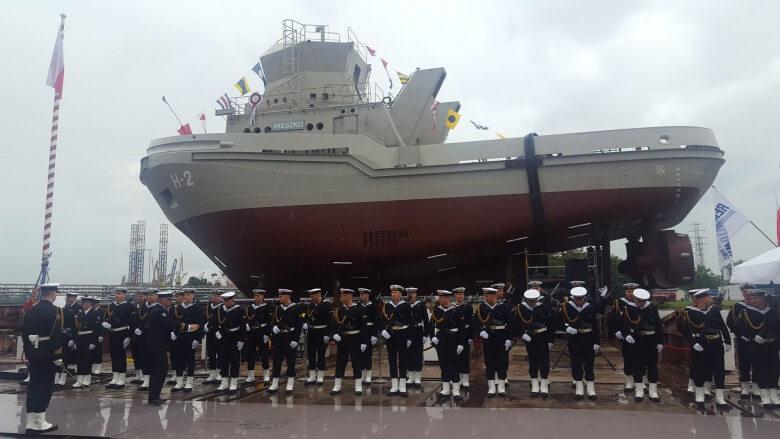 W stoczni Remontowa Shipbuilding chrzest trzeciego holownika dla MW