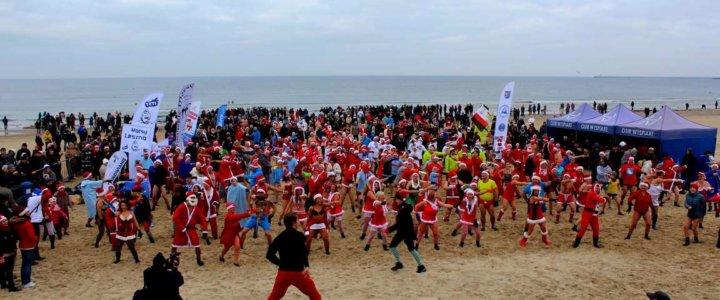 W dniu 4 grudnia 2016 r. na świnoujskiej plaży odbyła się już III Inwazja Morsujących Mikołajów, która to przyciągnęła do Świnoujścia uczestników z całego kraju i z za granicy, mieszkańców i turystów.