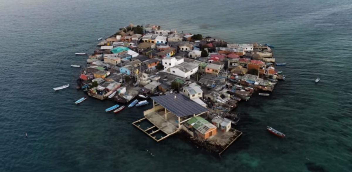 Życie na najbardziej zatłoczonej wyspie na świecie (wideo)