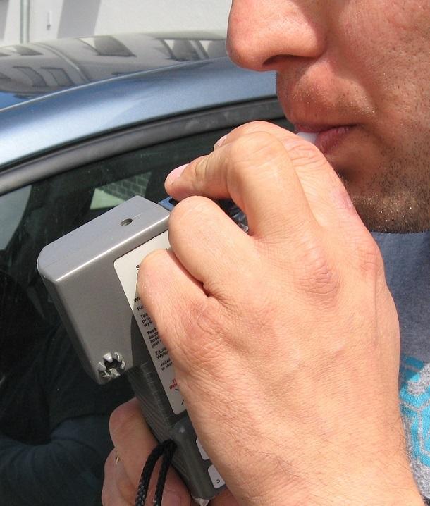 Świnoujście. Pijany kierowca zatrzymany dzięki właściwej reakcji świadków