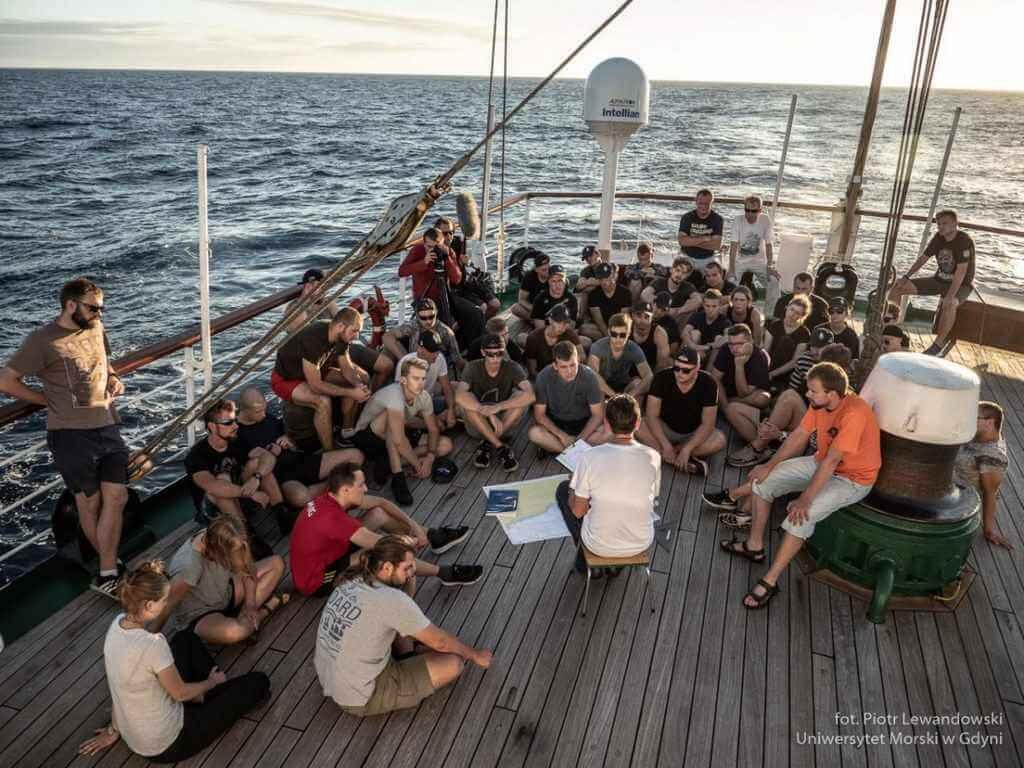 Rejs Niepodległości: Zwrotnik Raka na Oceanie (znowu) Spokojnym