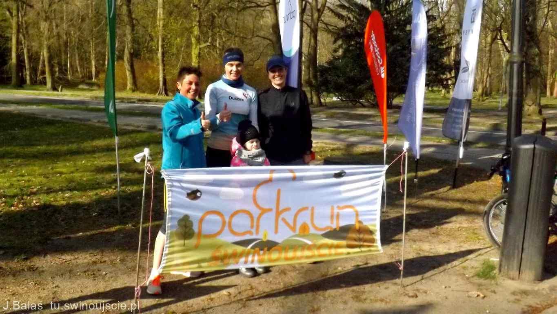 Świnoujście. Druga sobota kwietnia gościła w świnoujskim Parku Zdrojowym uczestników – 145. edycji parkrun