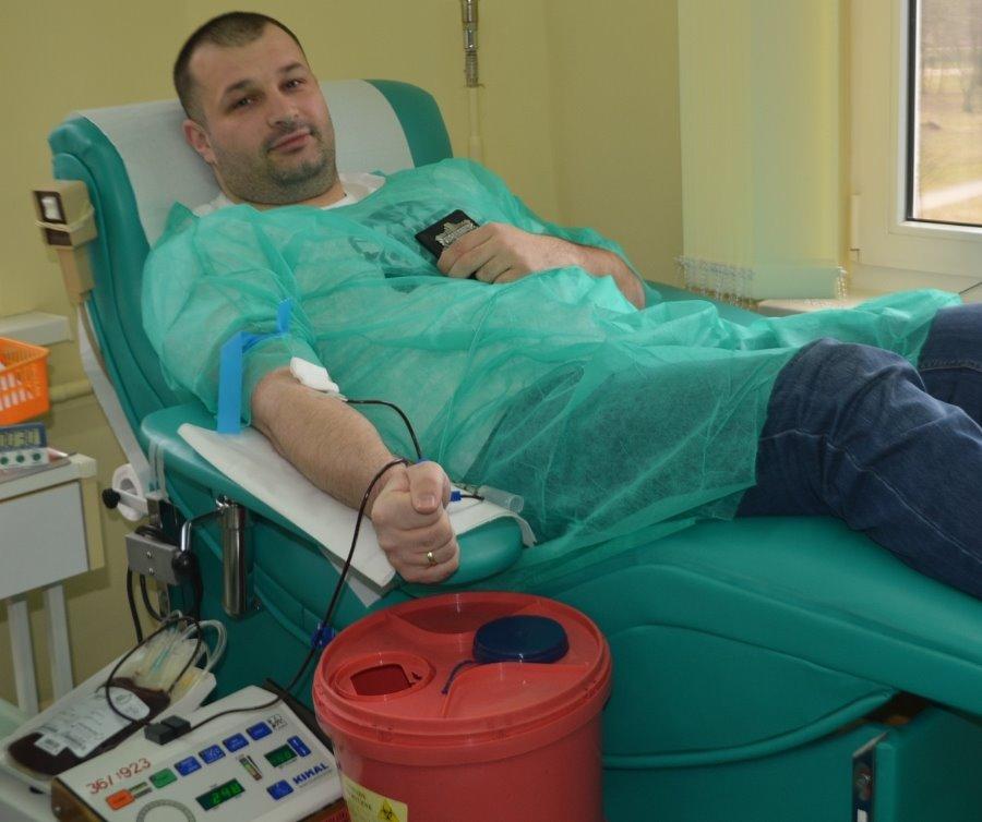 """Zbiórka krwi w Świnoujściu w ramach akcji """"SpoKREWnieni służbą"""""""