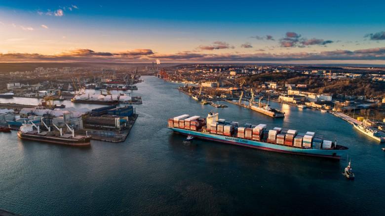 25 miliardów złotych na rozbudowę infrastruktury portowej i oraz inwestycje w gospodarce morskiej (wideo)