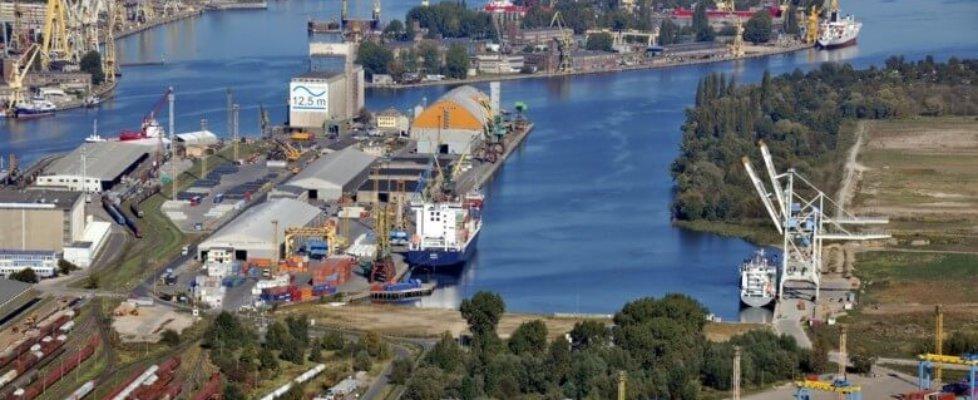 Rekordowe przeładunki w 2018 roku w zespole portów Szczecin-Świnoujście logo