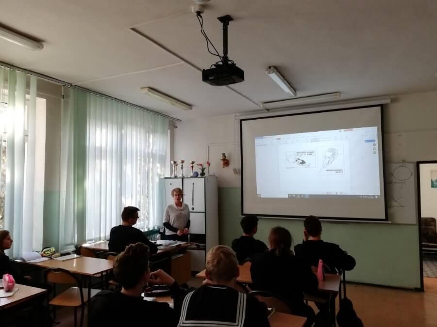 Zarząd Portu Szczecin-Świnoujście sponsoruje zakup pomocy dydaktycznych dla Zespołu Szkół Morskich w Świnoujściu.