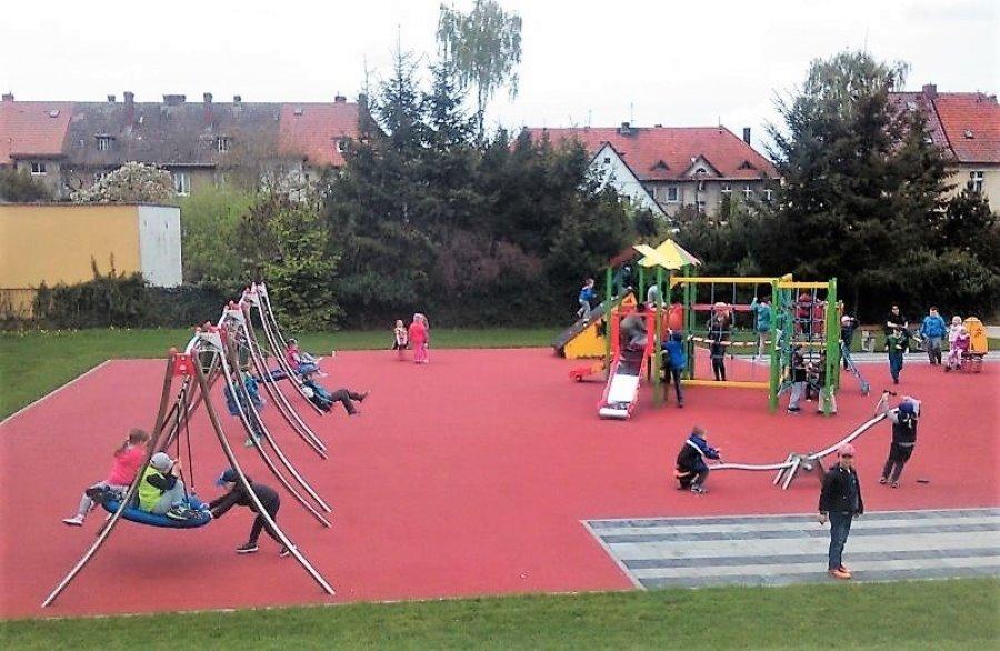 Świnoujście. Nowy plac zabaw przy Przedszkolu Miejskim nr 5.