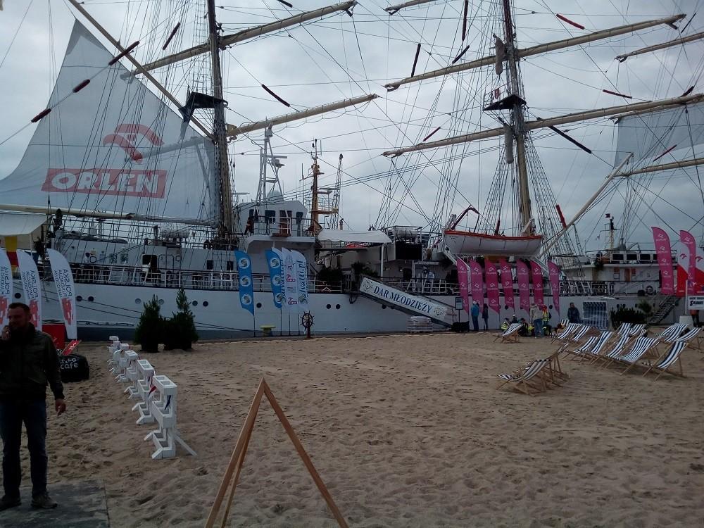 Ostatni port Daru Młodzieży przed wypłynięciem na ocean