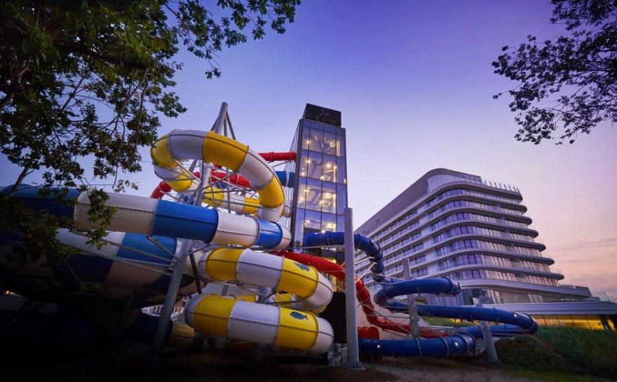 Miasto Świnoujście wykupiło 2,5 tys. kart mieszkańca na baseny w Aquaparku