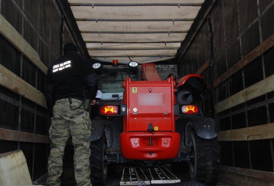 Przewoził ciężarówką ładowarkę mogącą pochodzić z kradzieży