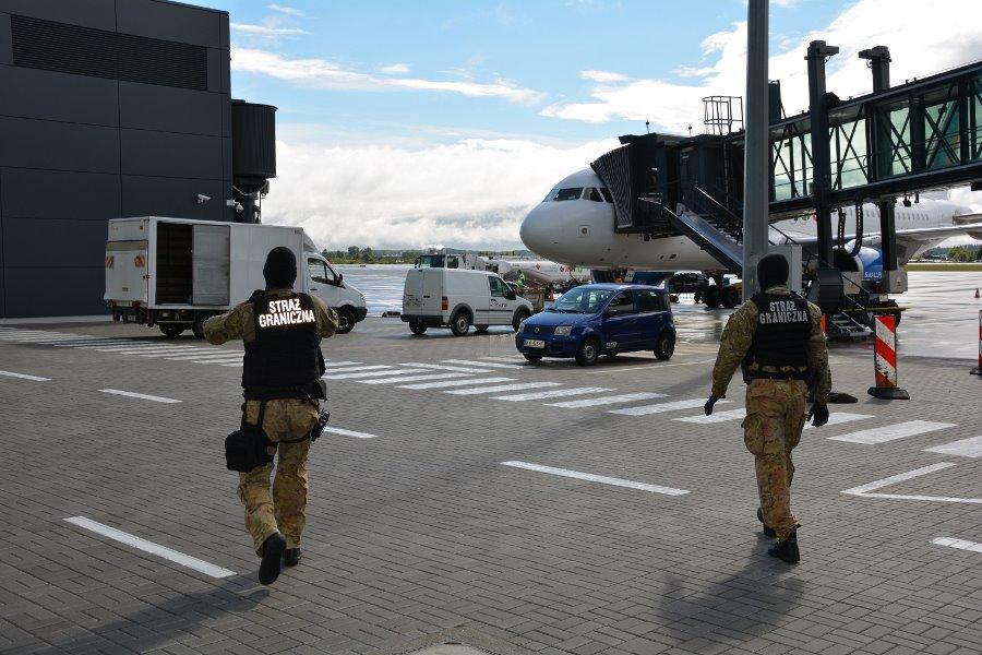 Kolejny żartowniś na gdańskim lotnisku