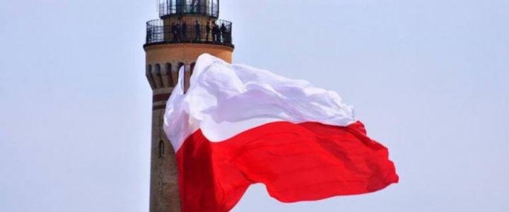 Świnoujście: Flaga państwowa zawiśnie w niedzielę na latarni morskiej.